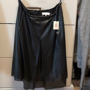Perforated and lined leather looking skirt